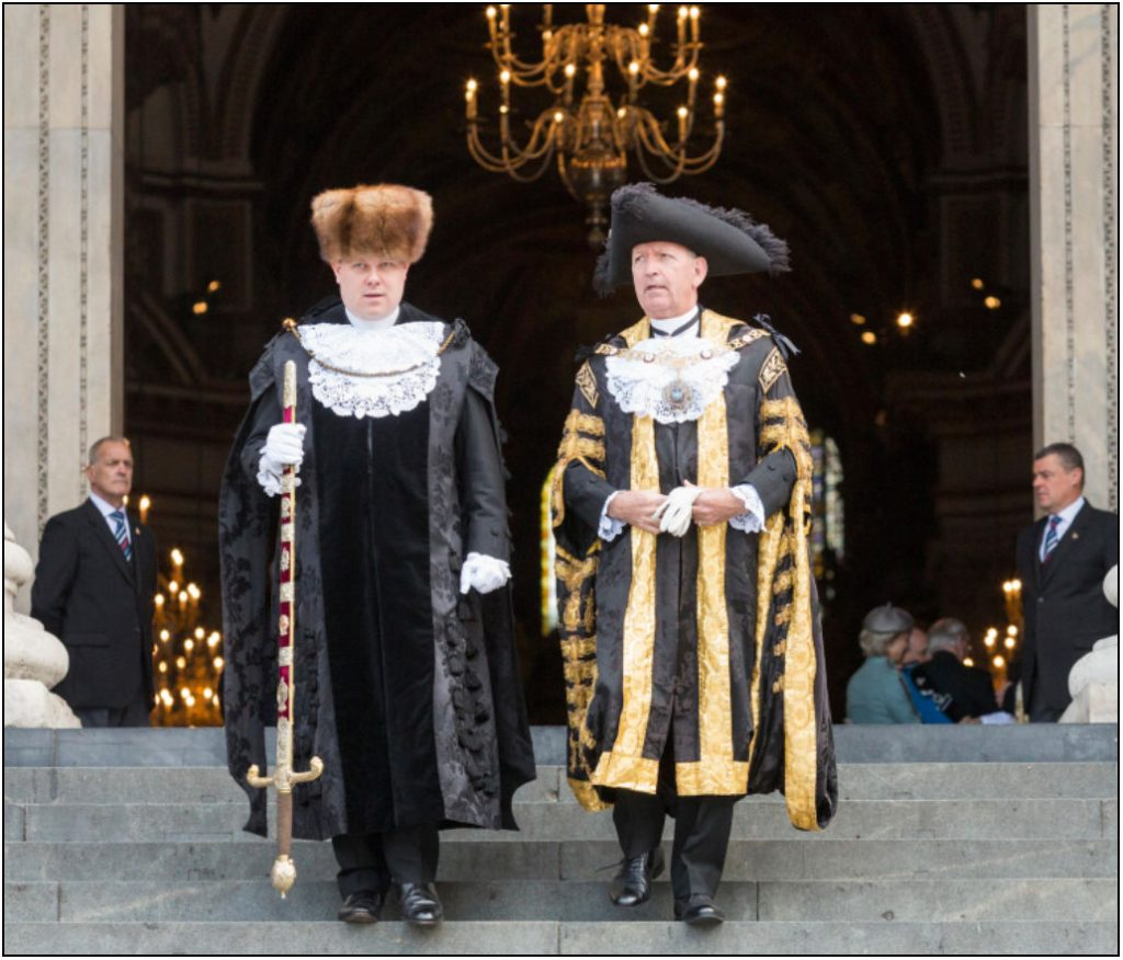 The Sword Bearer of London (Left) with Alan Yarrow, Lord mayor of London 2014-2015. Henry William Sewell held the role before his death
