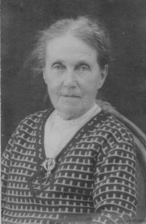 Harriet Solly, Norman's Great Grandmother who died following German bombing